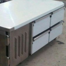 Peralatan Dapur Restoran Under Counter Chiller 4 Drawers 1 18